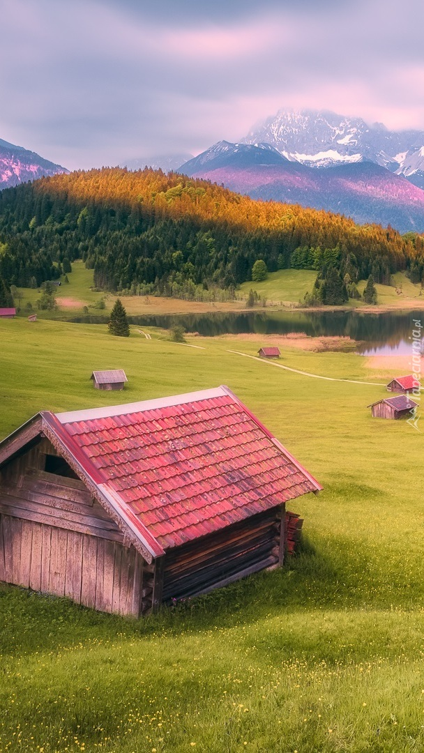 Domki w górskiej miejscowości Krun