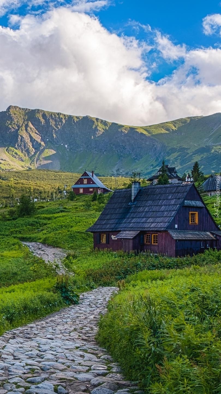 Drewniane domki na Hali Gąsienicowej