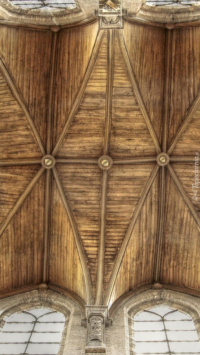 Drewniane sklepienie