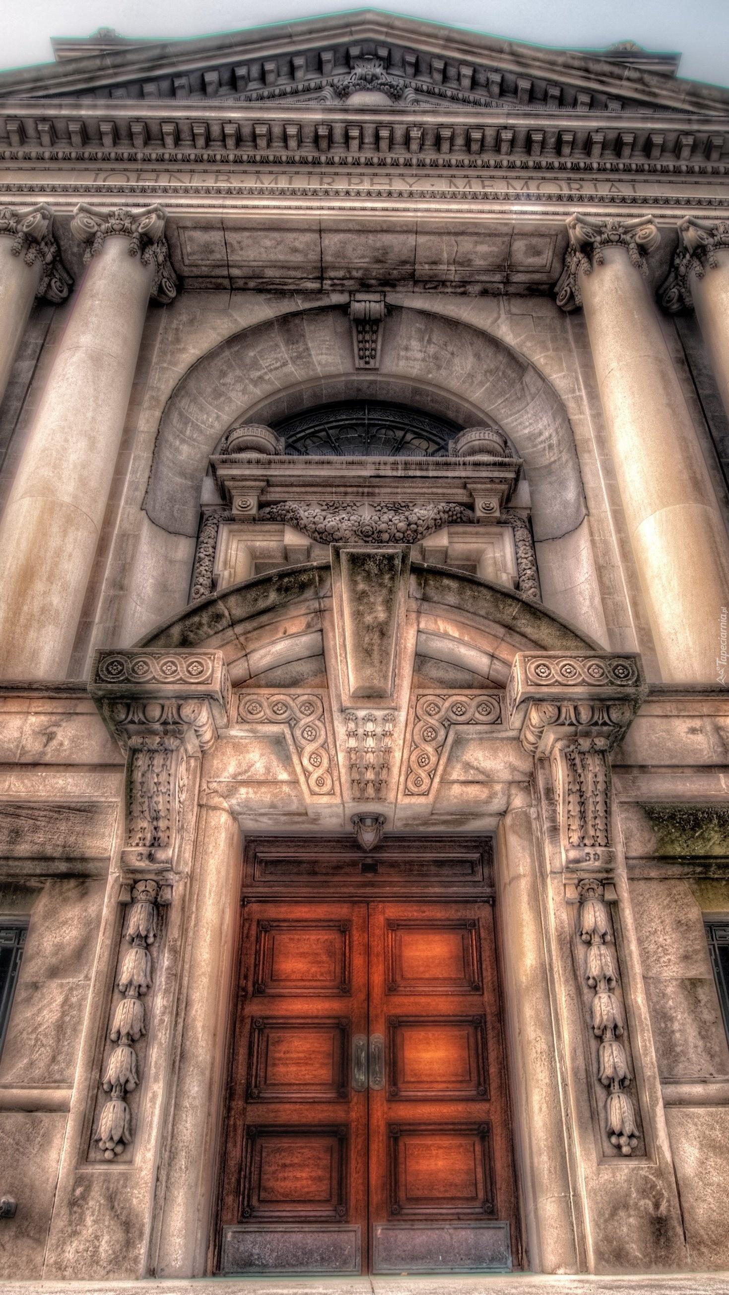 Drzwi do amfiteatru