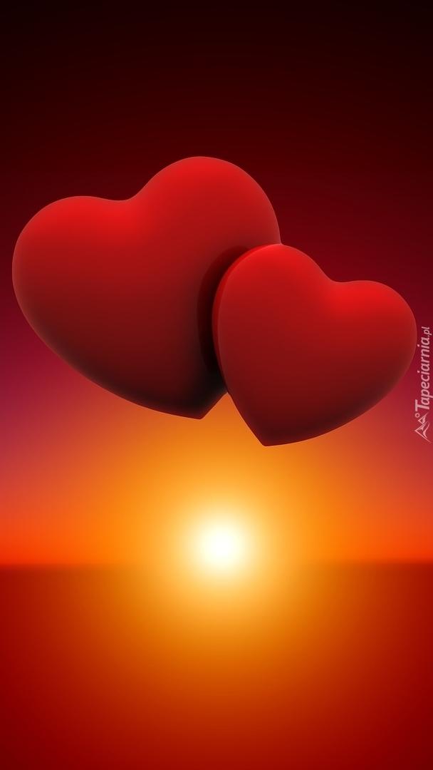 Dwa serca o zachodzie słońca