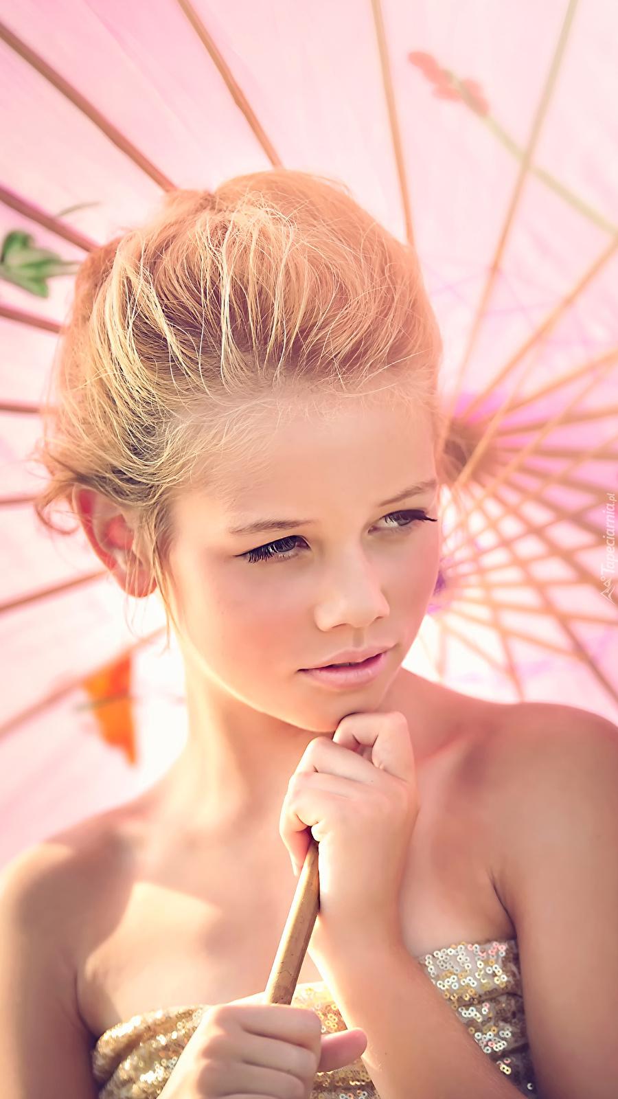 Dziewczyna z parasolką