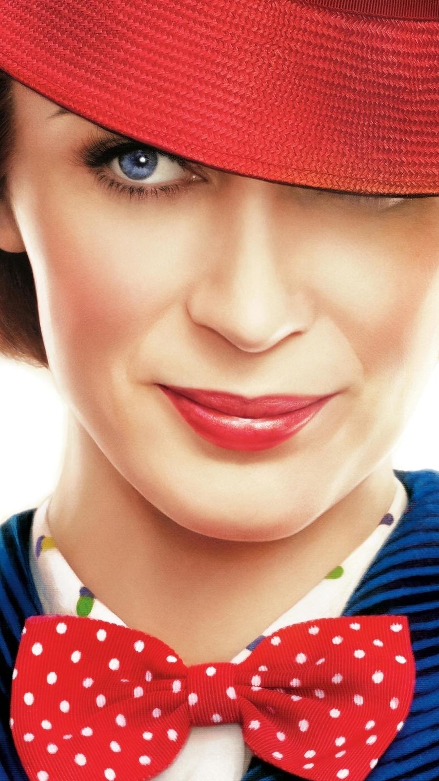 Emily Blun w czerwonym kapeluszu