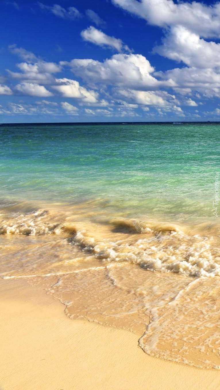 Fale dotykające piasku