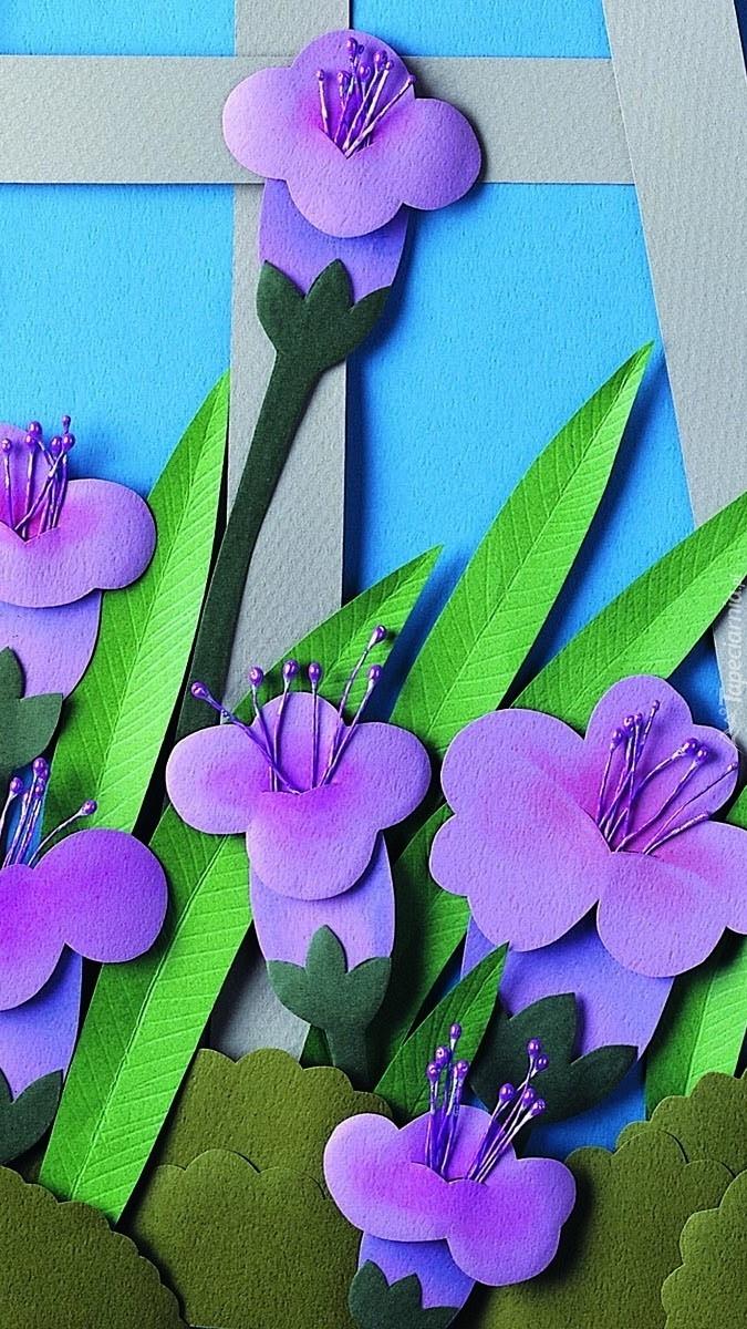 Fioletowe papierowe kwiaty