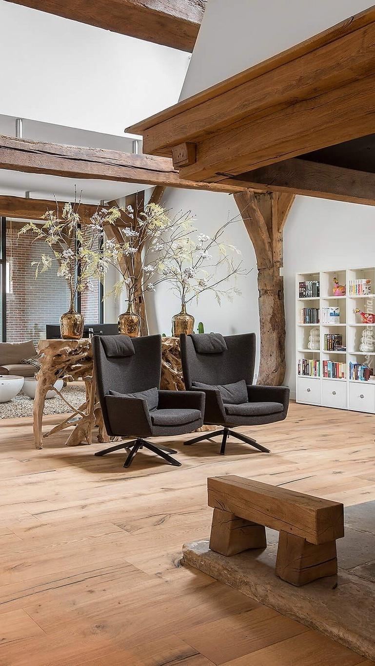 Fotele w nowoczesnym salonie