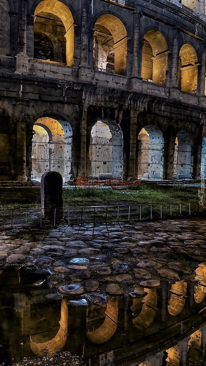 Fragment rzymskiego Koloseum