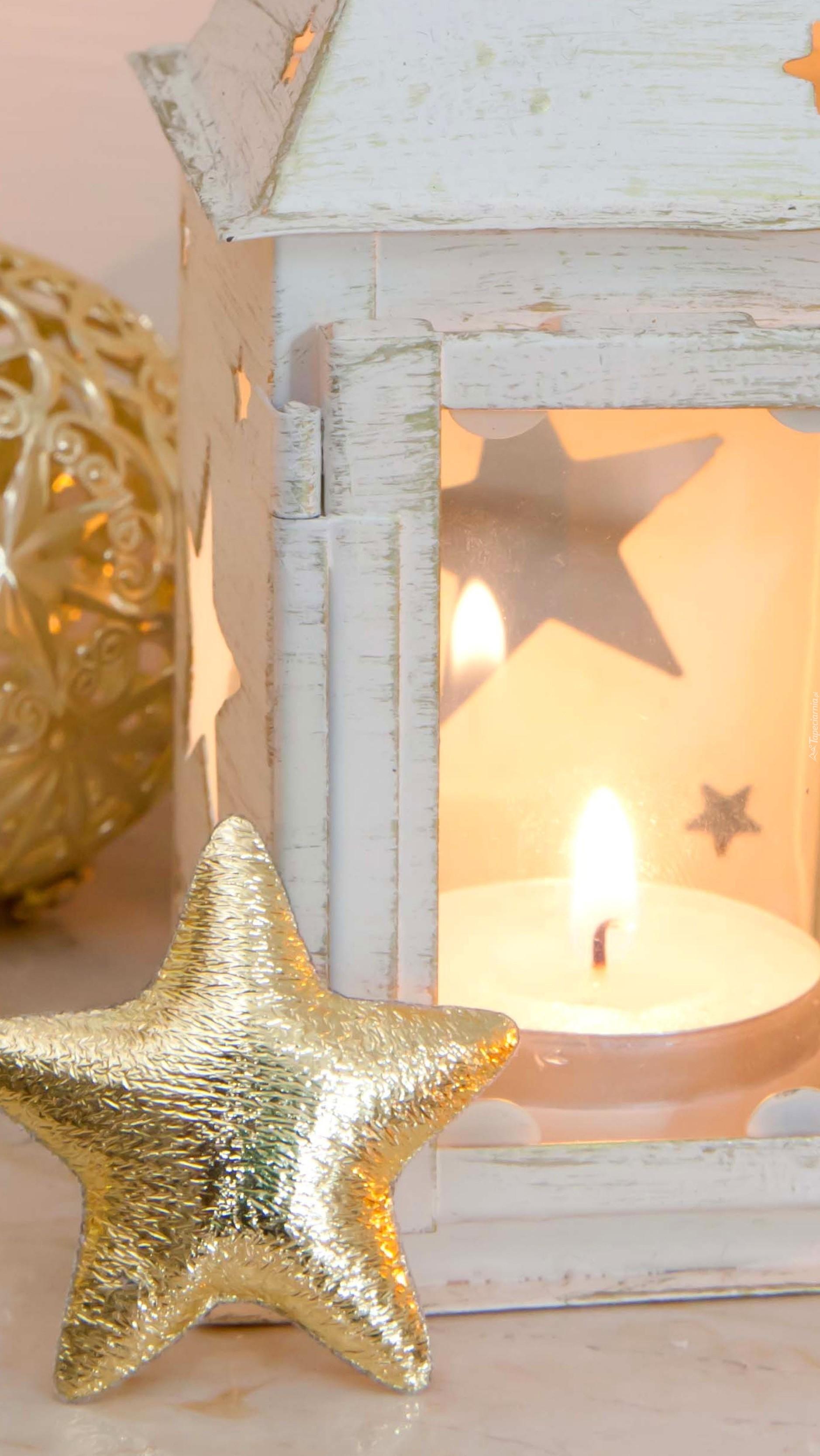 Gwiazdka oparta o lampion