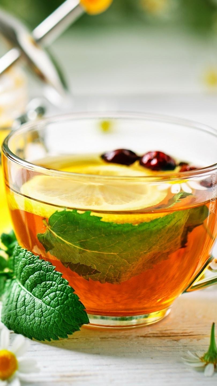 Herbata z cytryną i miętą