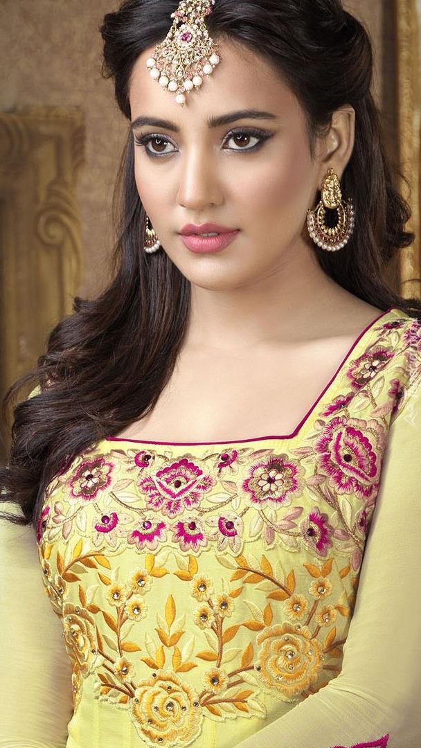 Indyjska aktorka Neha Sharma