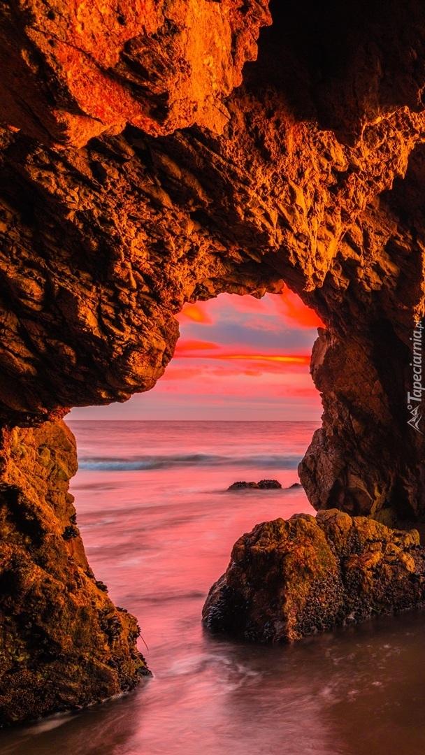 Jaskinia w Malibu