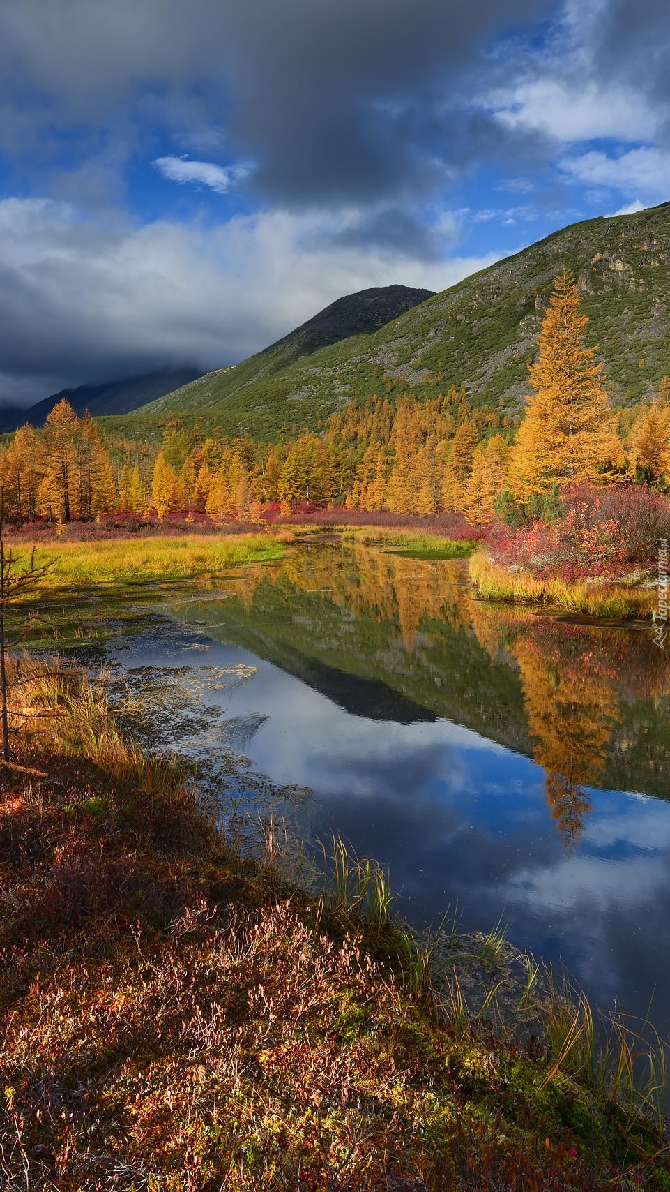 Jesień nad jeziorem Nevidimka