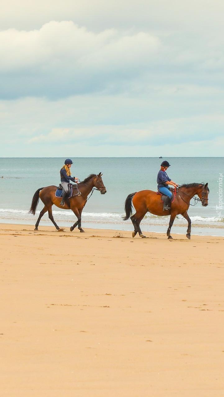Jeźdźcy na plaży