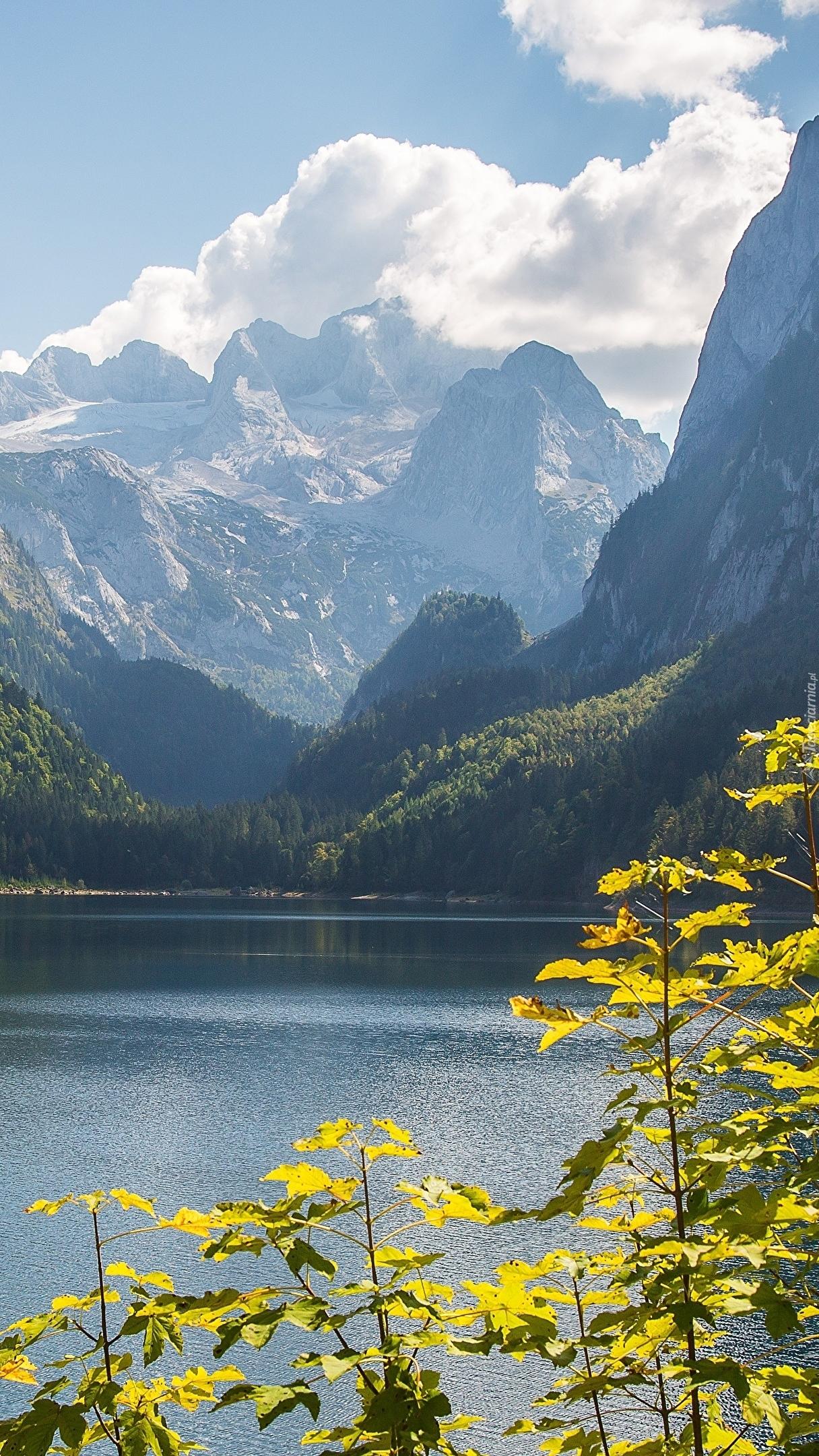 Jezioro Gosauseen u podnóża Alp Salzburskich
