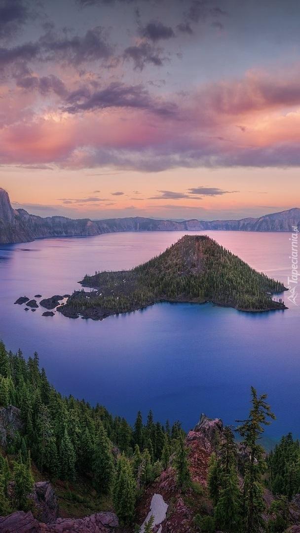 Jezioro Kraterowe i Wyspa Czarodzieja