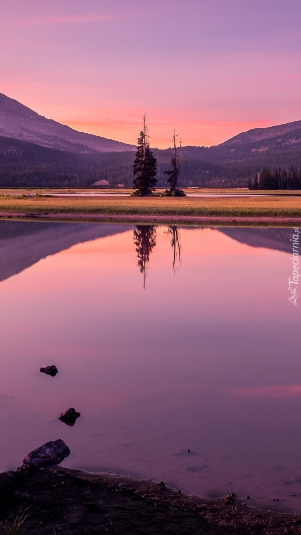Jezioro Sparks Lake o zachodzie słońca