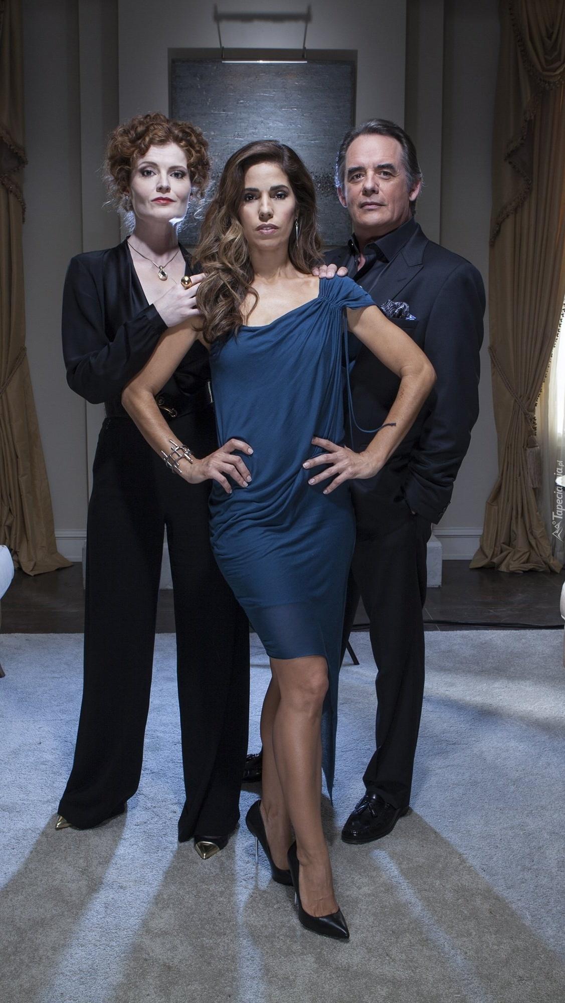 Kadr z aktorami z serialu Pokojówki z Beverly Hills