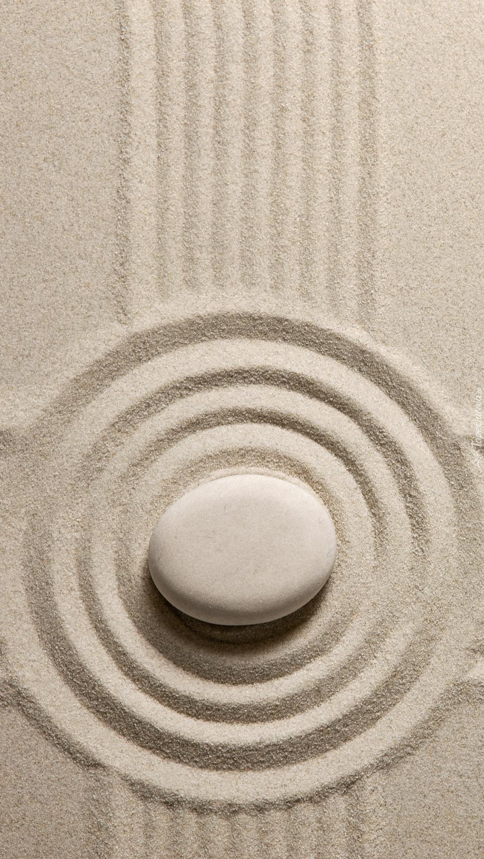 Kamień na piasku