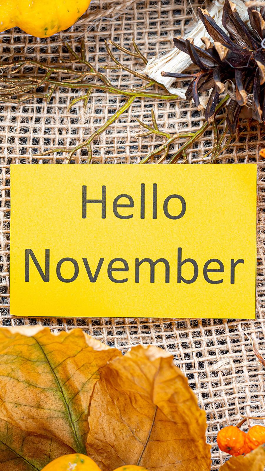 Kartka z napisem Hello November