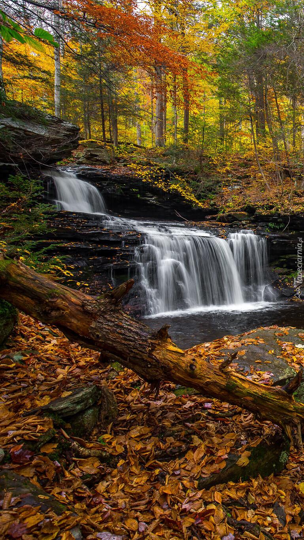 Kaskadowy wodospad