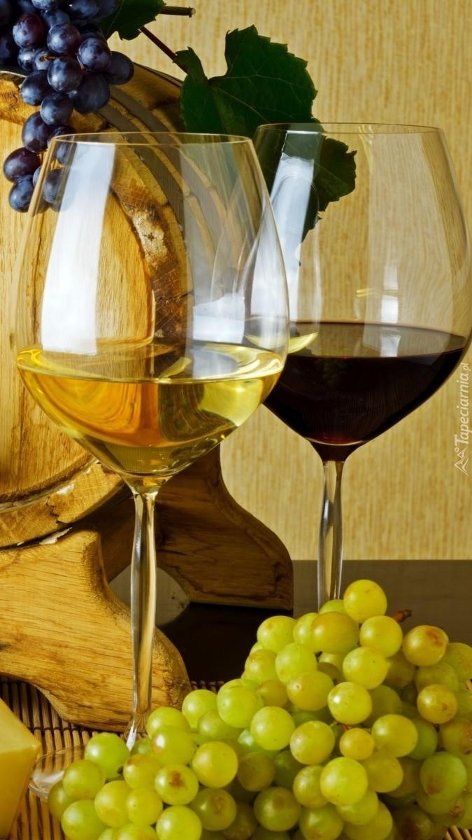 Kieliszek białego i czerwonego wina