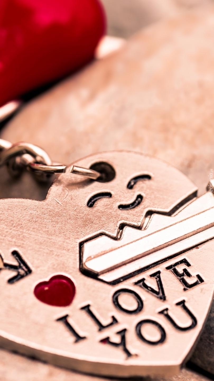 Klucz Na Sercu Z Miłosnym Napisem Tapeta Na Telefon