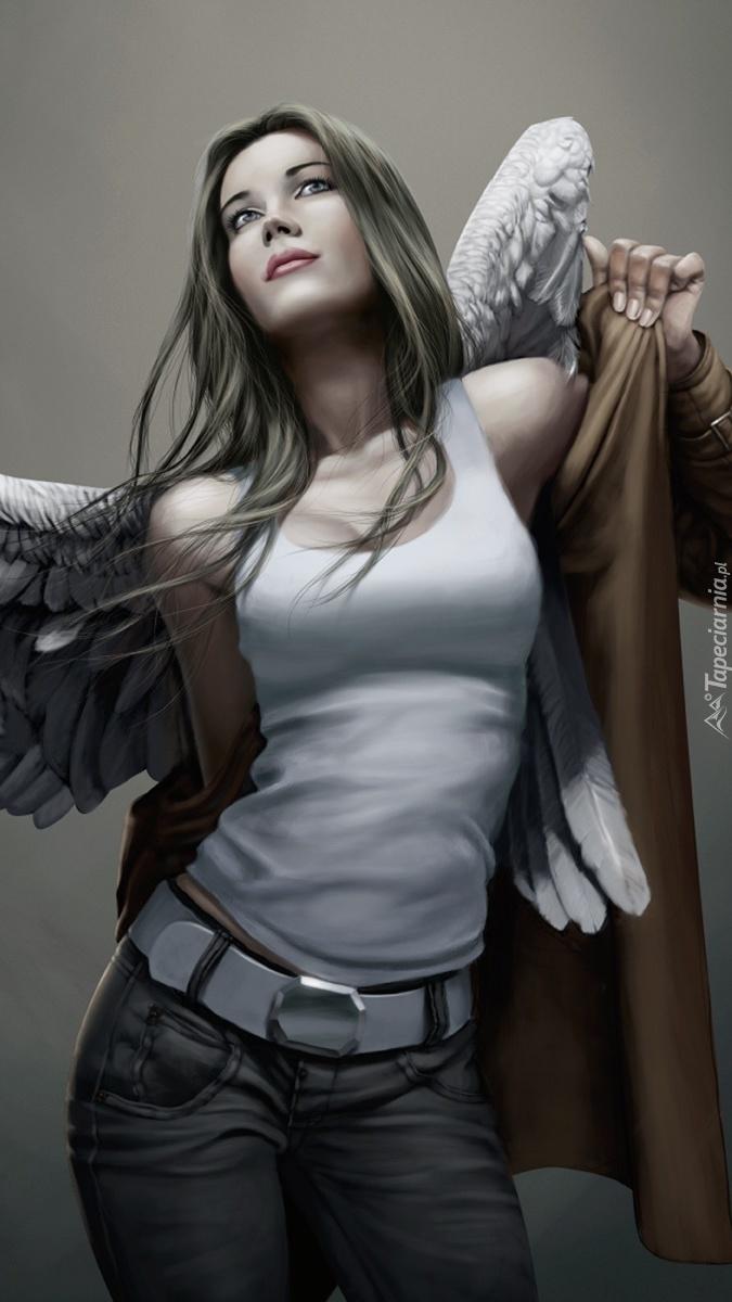 Kobieta anioł w płaszczu