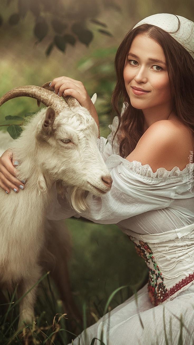 Kobieta z kozą