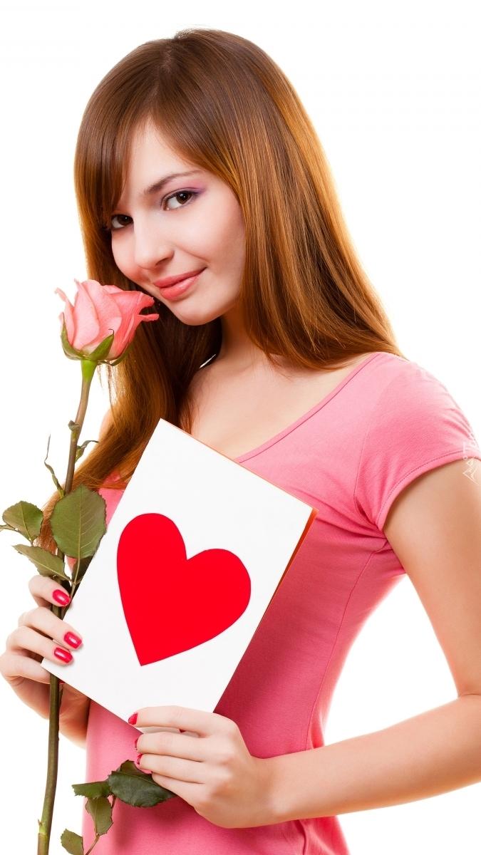Kobieta z różą i kartką