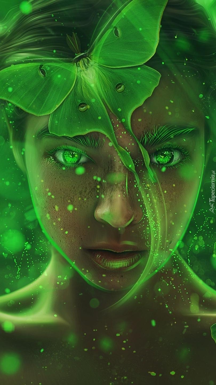 Kobieta z zielonym motylem