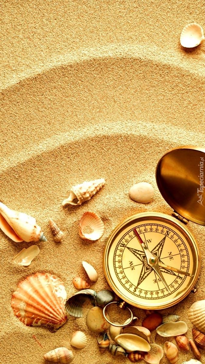 Kompas na piasku