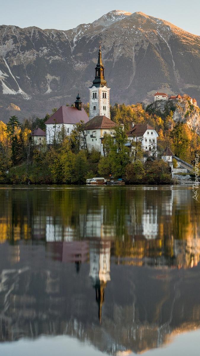Kościół nad jeziorem Bled
