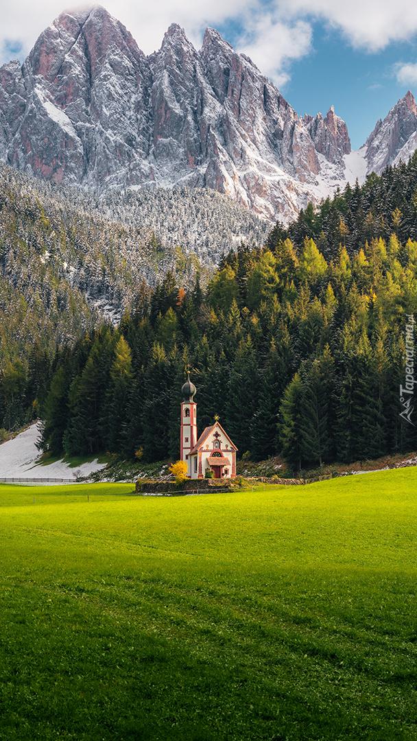 Kościół św Jana w dolinie Val di Funes