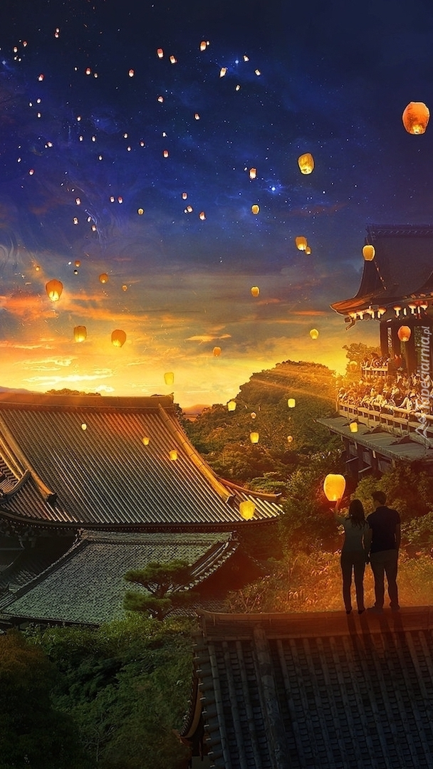 Lampiony na nocnym niebie
