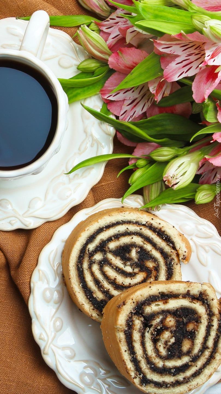Makowiec i kawa