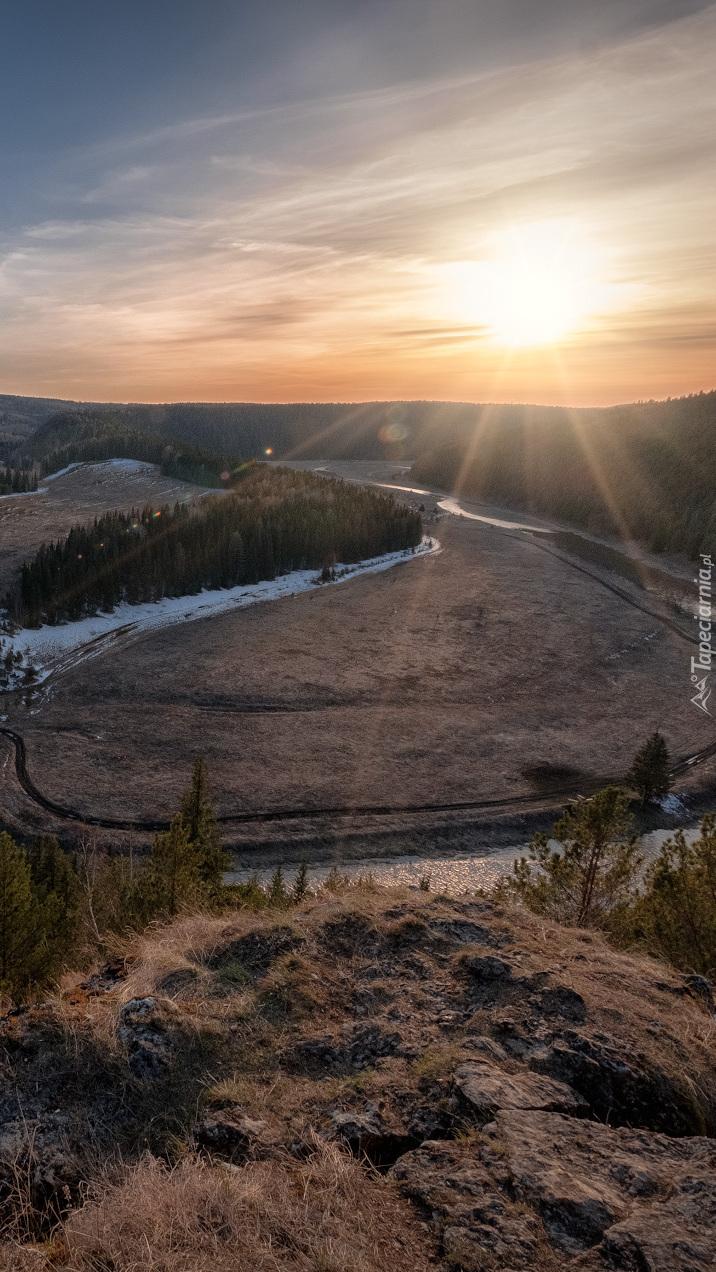 Meander rzeki Irgina w promieniach słońca