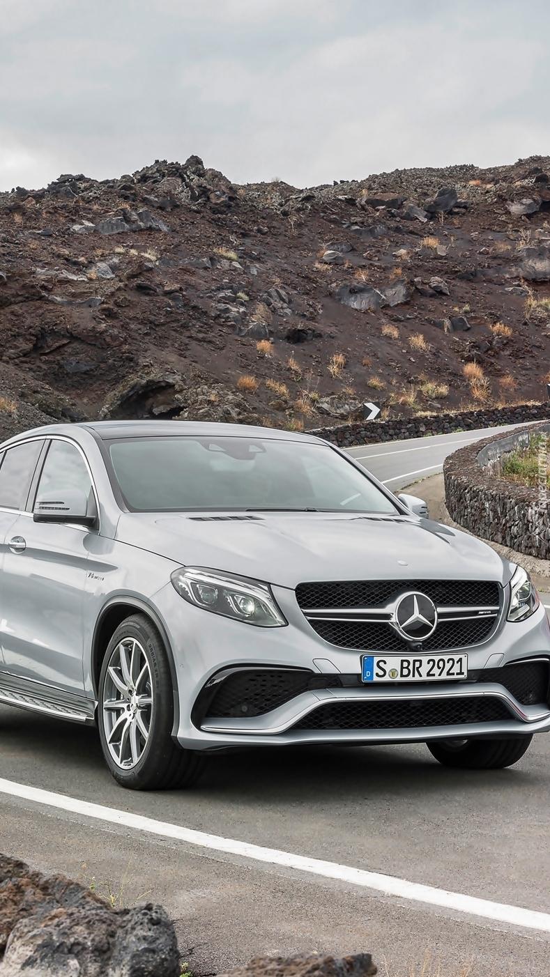Mercedes-Benz GLE na drodze