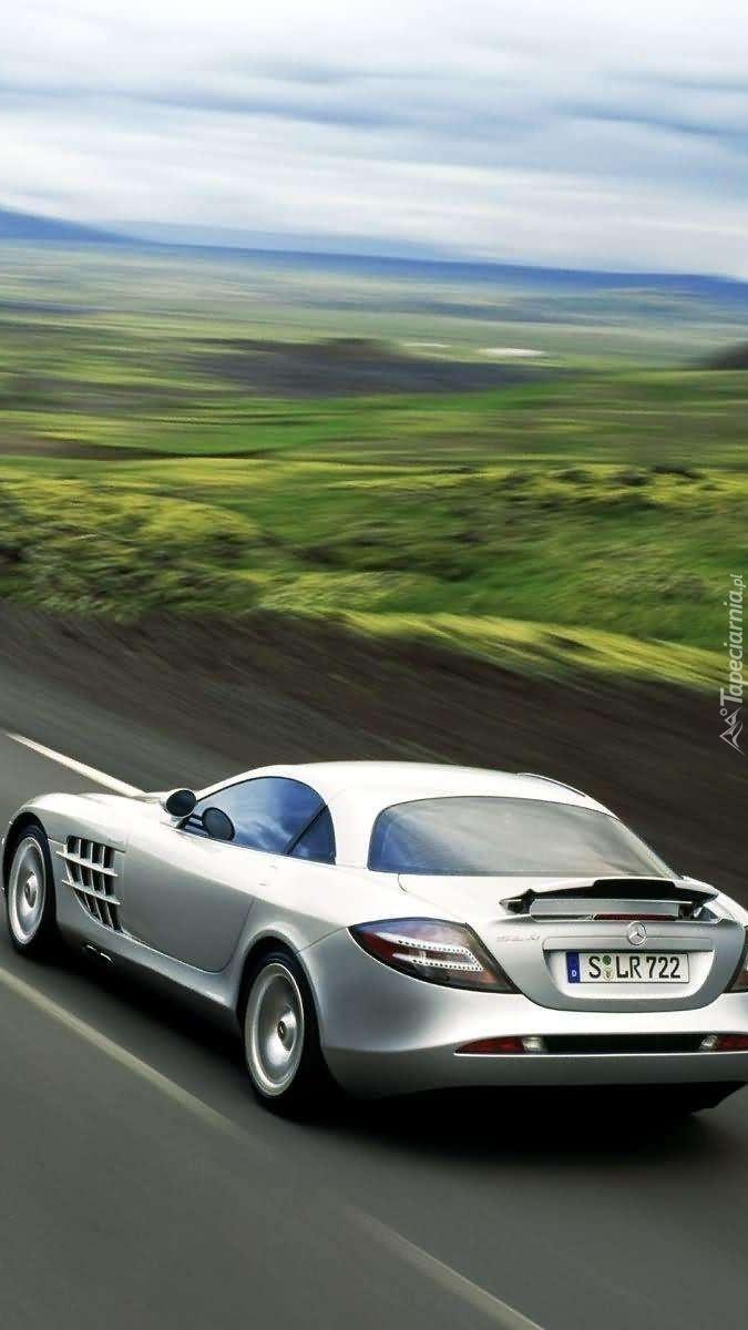 Mercedes w drodze