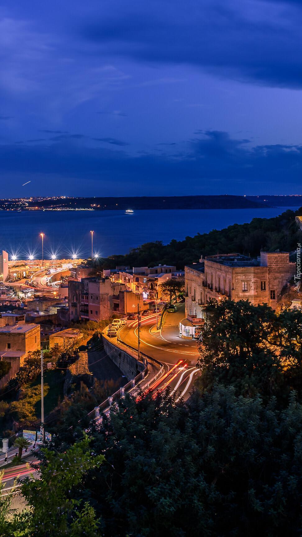 Mgarr na wyspie Gozo nocą
