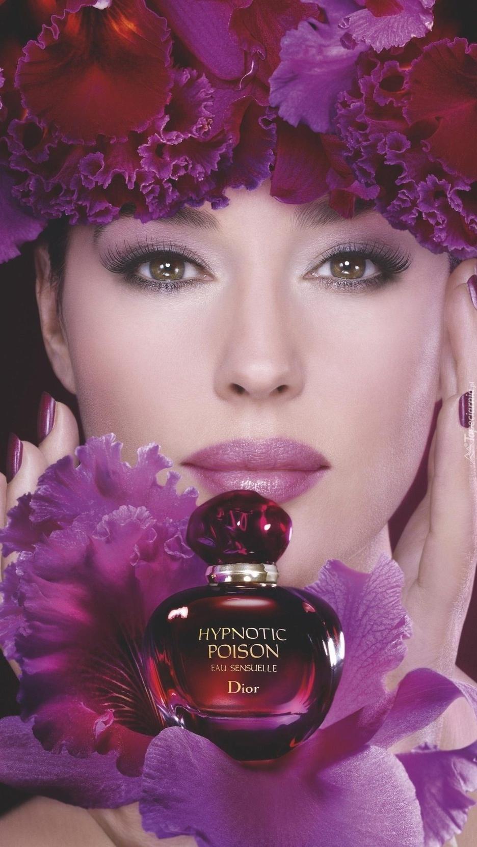 Monica Belluci reklamująca perfumy Diora