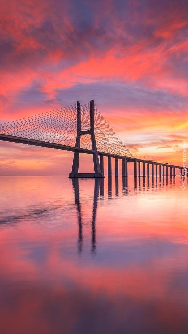 Most Vasco da Gama w Lizbonie