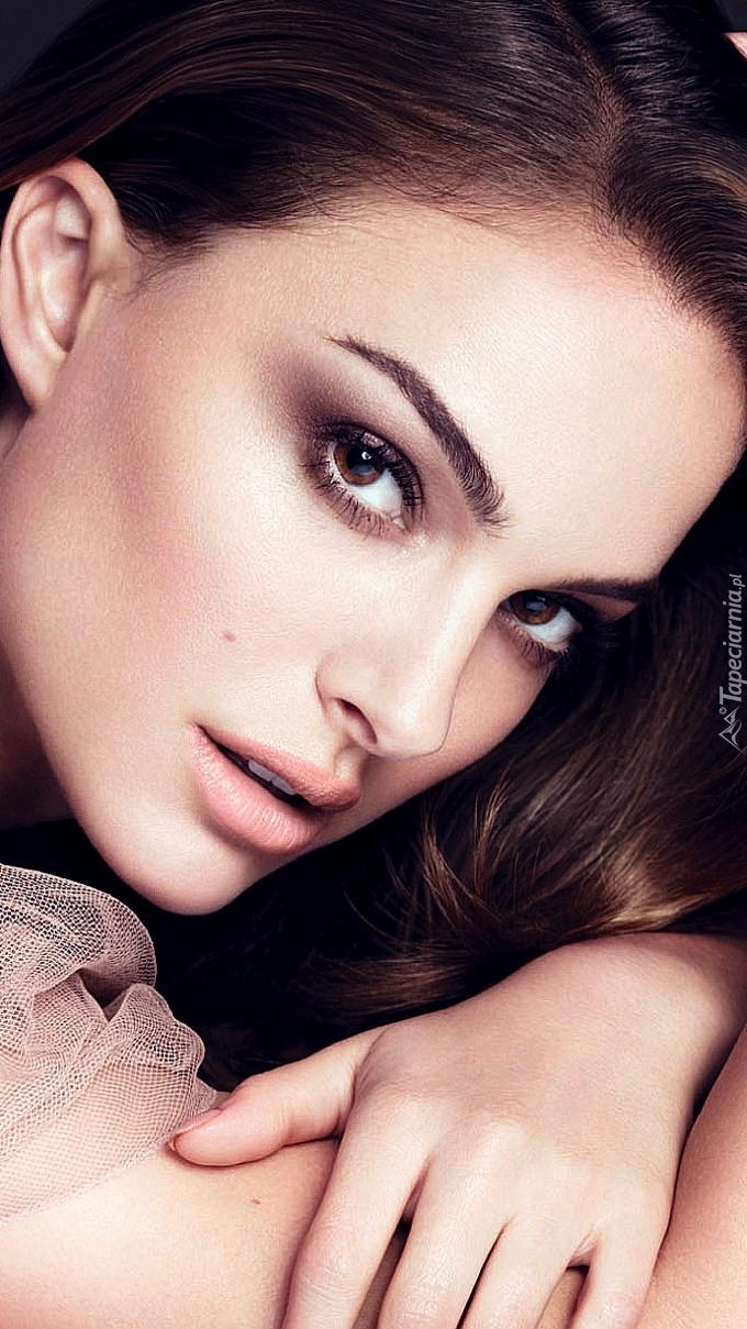 Natalie Portman  w makijażu