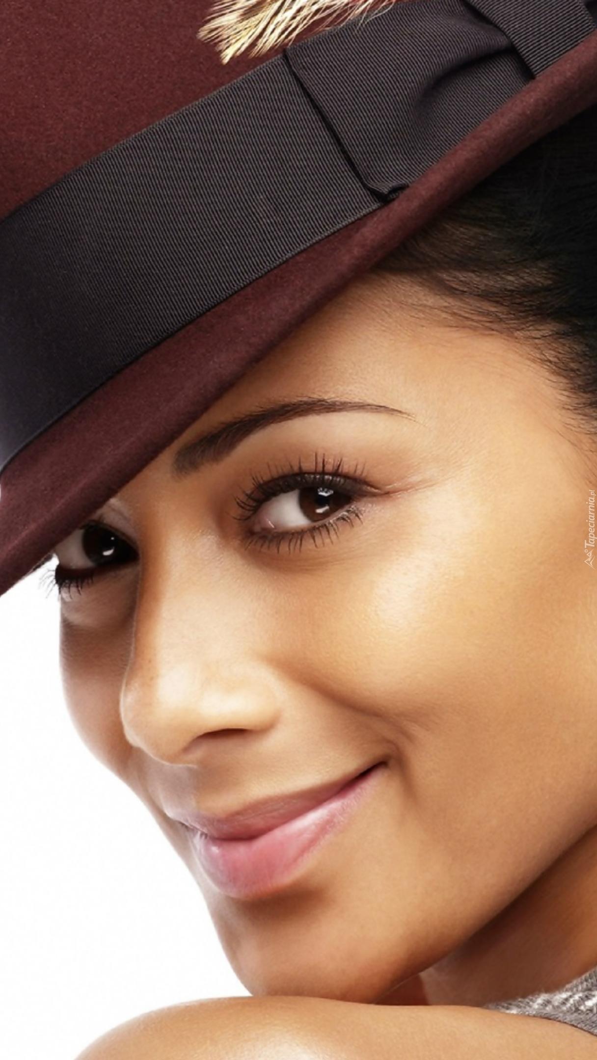 Nicole Scherzinger w kapeluszu