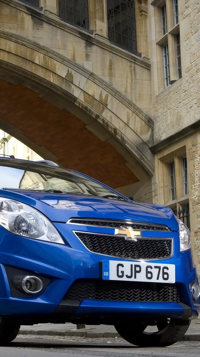 Niebieski Chevrolet Spark