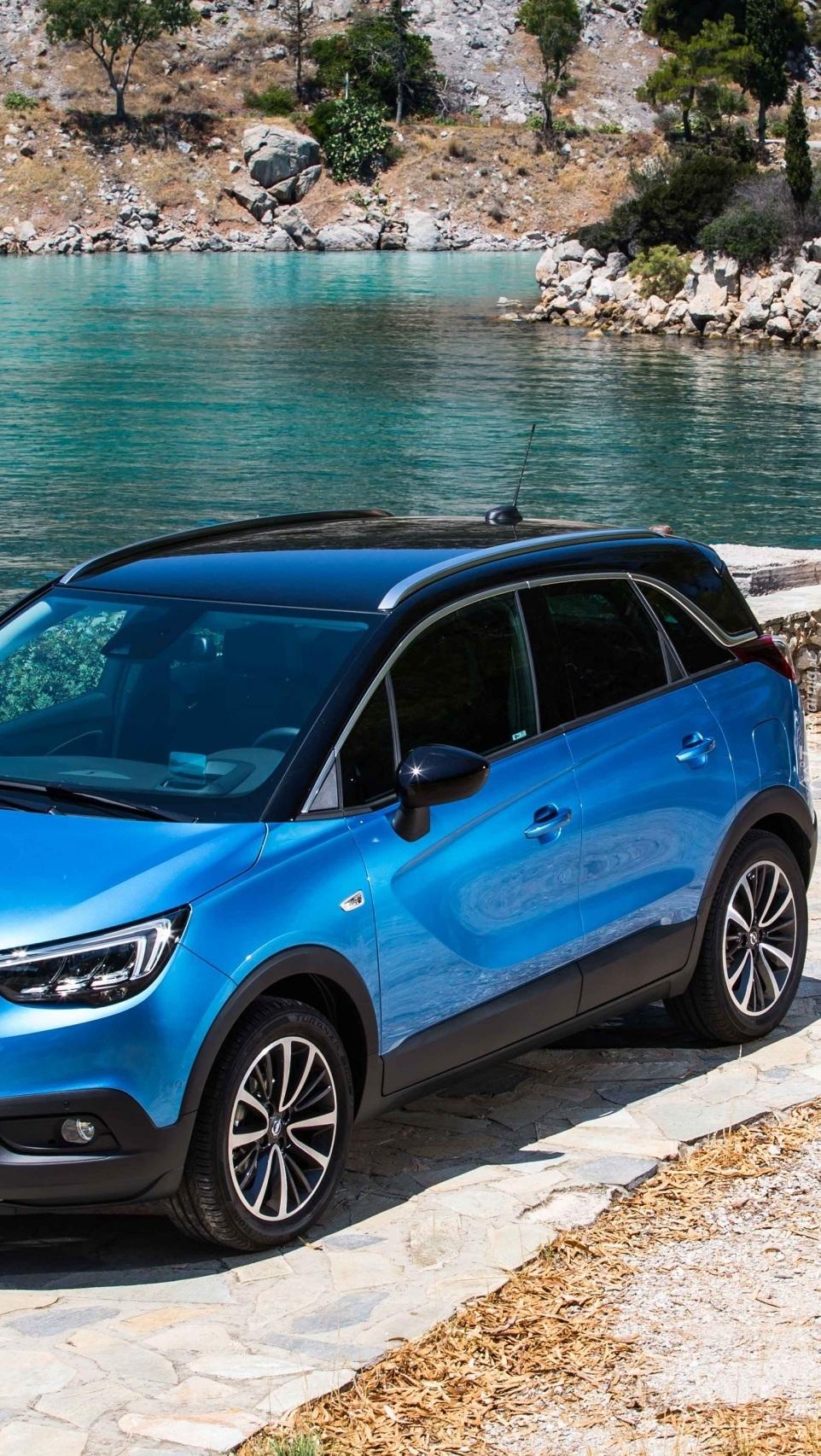 Niebieski Opel Crossland X Ecotec D