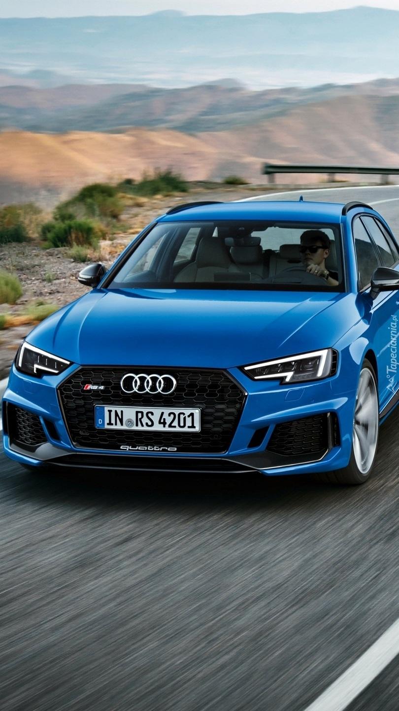 Niebieskie Audi RS4 Avant