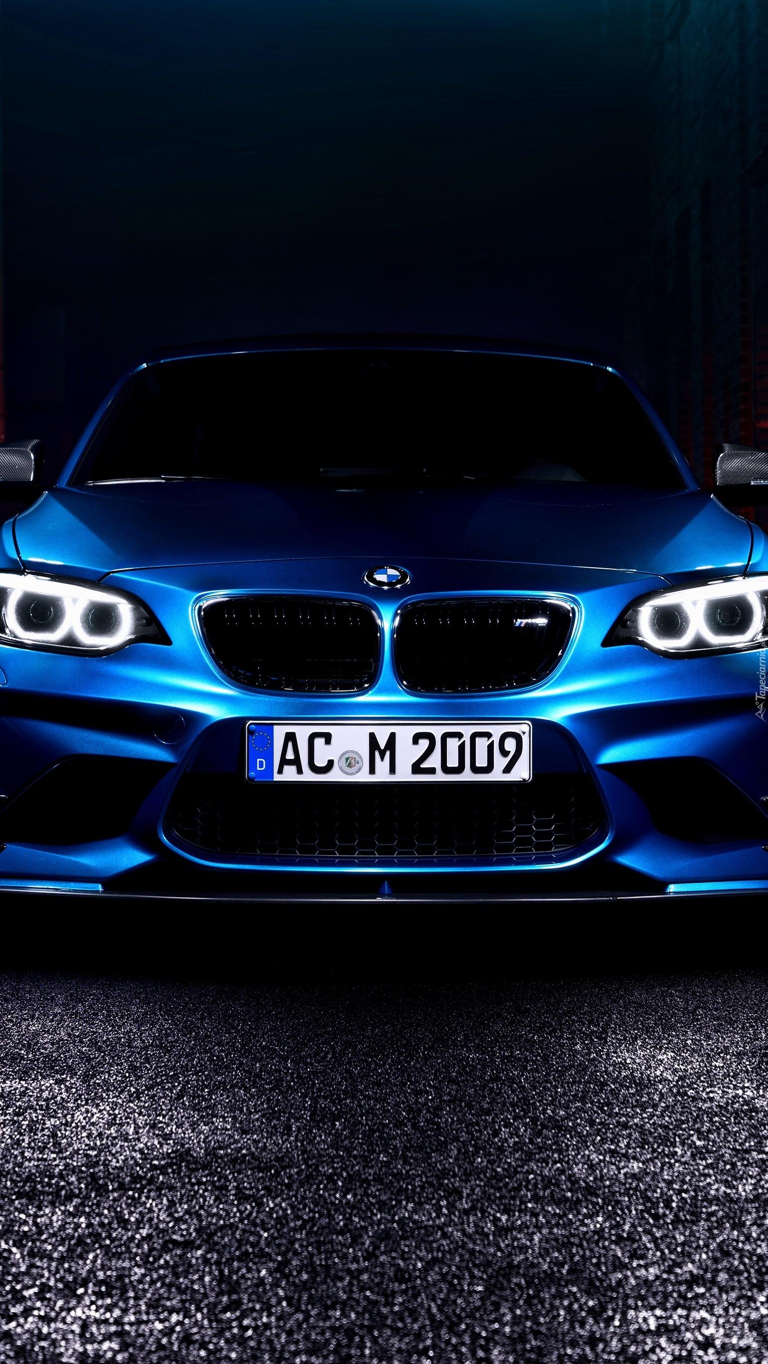 Niebieskie BMW M2 F87