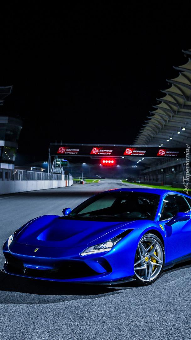 Niebieskie Ferrari F8 Tributo