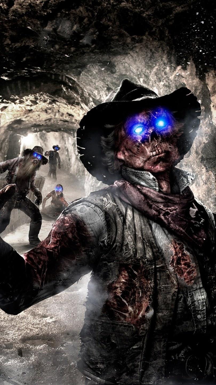 Niebieskie oczy zombie w kopalni
