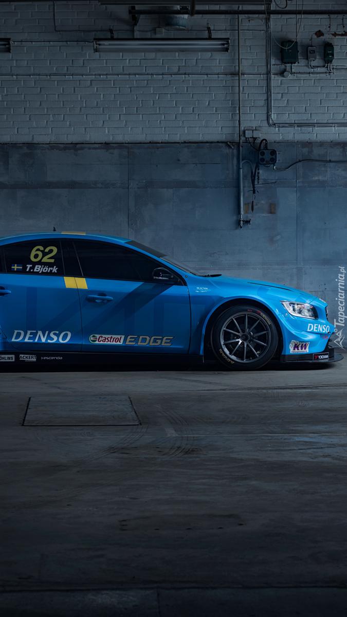 Niebieskie Volvo V60